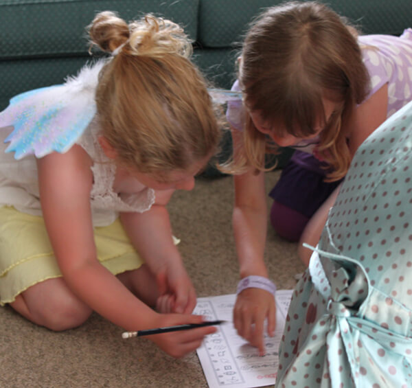 Close photo of girls playing game